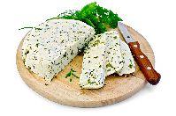 Сыр домашний  с укропом и чесноком